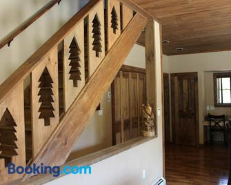 Whiteface Mountain Chalet - Wilmington - Living room