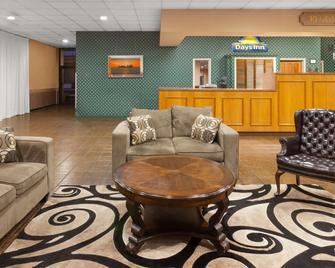 Days Inn By Wyndham Mccomb Ms - McComb - Lobby