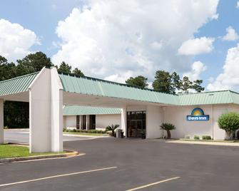 Days Inn By Wyndham Mccomb Ms - McComb - Building
