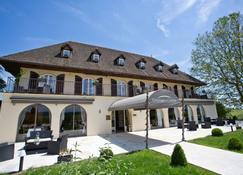 Ermitage De Corton - Beaune - Edifício