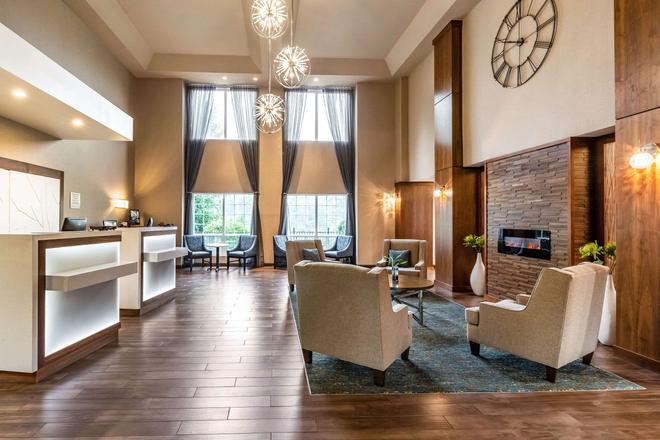 Clarion Hotel Portland International Airport - Portland - Lounge