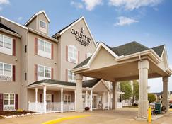 Country Inn & Suites by Radisson Champaign North - Champaign - Building