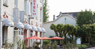 New Providence Hôtel - Vittel