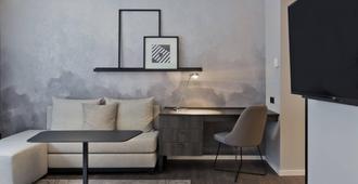 Residence Inn by Marriott Frankfurt City Center - Fráncfort - Servicio de la habitación