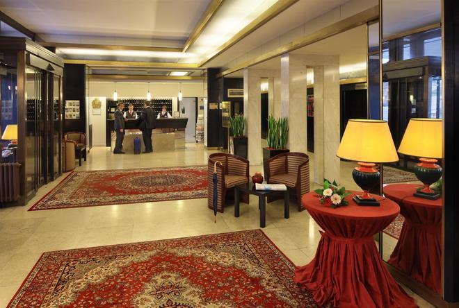 Grandhotel Brno - Brno - Lobby