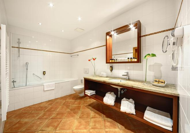 布爾諾大酒店 - 布爾諾 - 布爾諾 - 浴室