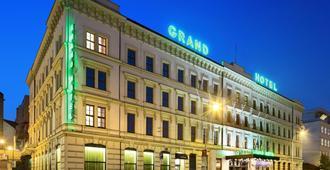 グランドホテル ブルノ - ブルノ - 建物
