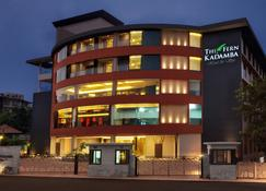 The Fern Kadamba Hotel And Spa - Bainguinim - Byggnad