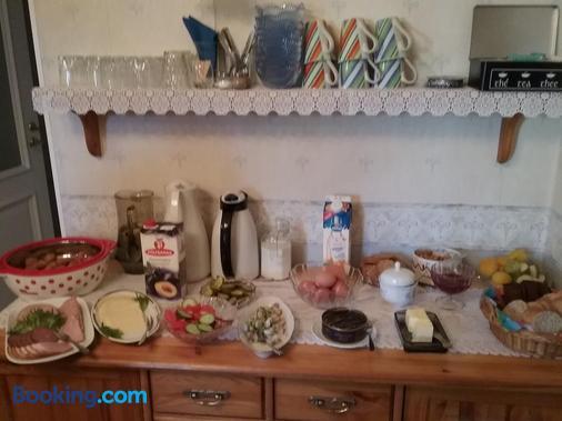 Poska Villa Guesthouse - Tallinn - Buffet