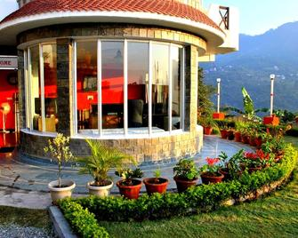 Hotel Lake Inn -A Luxury Lake View Hotel Bhimtal - Bhimtal - Building