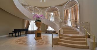 Universal's Loews Portofino Bay Hotel - Orlando - Lobby