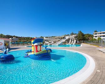 Cyprotel Faliraki Hotel - Faliraki - Pool