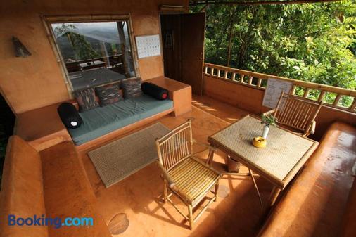 Phu Chaisai Mountain Resort - Chiang Rai - Balcony