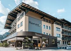 Hotel Hubertushof - Anif - Gebouw