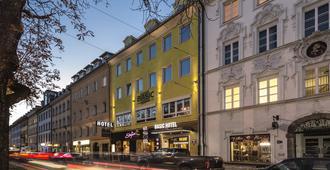 Basic Hotel Innsbruck - אינזברוק - בניין