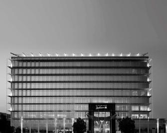 Radisson Blu Hotel, Doha - Dauhá - Building