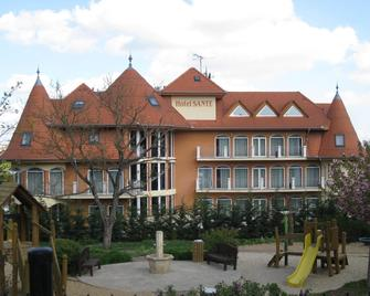 Sante Hévíz - Hévíz - Building