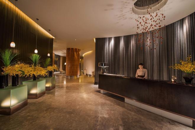 Crown Towers - Macau - Lobby