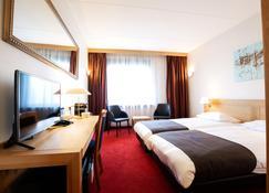 Bastion Hotel Groningen - Groningen - Sypialnia