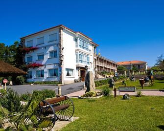 Aparthotel Villa Cabicastro - Portonovo - Building
