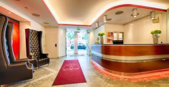 Leonardo Hotel München City West - מינכן - דלפק קבלה