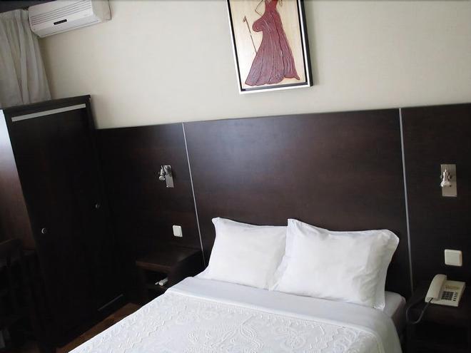 摩登酒店 - 科印布拉 - 科英布拉 - 臥室