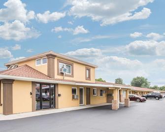Knights Inn Tonawanda/Buffalo Area - Tonawanda - Building