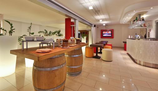 Best Western Plus Soave Hotel - San Bonifacio - Bar