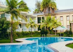 Gorillas Lake Kivu Hotel - Гисеньи - Бассейн