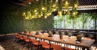 Park Inn Abu Dhabi, Yas Island - Abu Dhabi - Restaurang