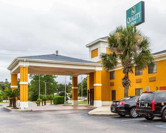 Quality Inn near University of Mobile - Saraland - Gebouw