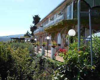 Hotel Vittoria - Porto Santo Stefano - Outdoor view