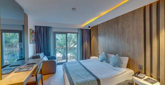 Tui Magic Life Bodrum - Bodrum - Schlafzimmer