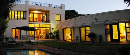 Riversong Guest House - Cape Town - Building