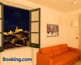 Case Spazioscena: Tersicore - Castelbuono - Living room