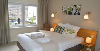 Hotel Ambrosia - Ypres - Bedroom