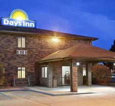 Days Inn by Wyndham Grand Forks Columbia Mall