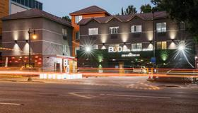 Blvd Hotel & Suites-Walking Distance To Hollywood Walk Of Fame - Los Angeles - Building