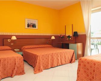 Hotel Iside - Pompeji - Makuuhuone