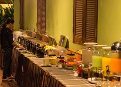 Good Times Resort - Kanchanaburi - Buffet
