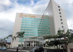 Golden Palace Hotel Lombok - Mataram - Κτίριο