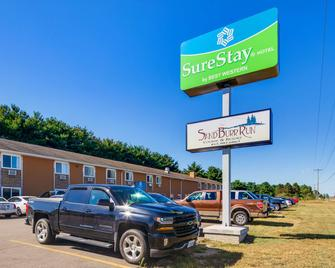 SureStay Hotel by Best Western Thomson - Thomson - Building