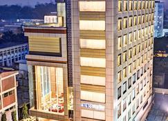 Hotel Klg Starlite - Chandigarh - Building