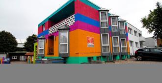 Petul Apart Hotel Ernestine - Essen - Gebäude