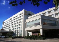 Hotel Pangeran Pekanbaru - Pekanbaru - Rakennus