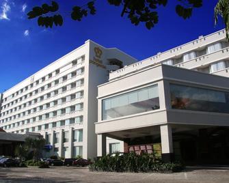 Hotel Pangeran Pekanbaru - Pekanbaru - Building