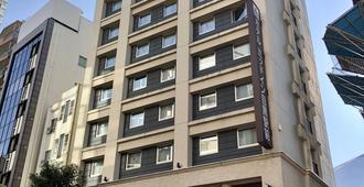 Hotel Mid In Meguro Ekimae - Tokyo - Building