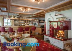 Hotel Dornauhof - Finkenberg - Bar