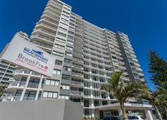 Breakfree Beachpoint - Surfers Paradise - Building