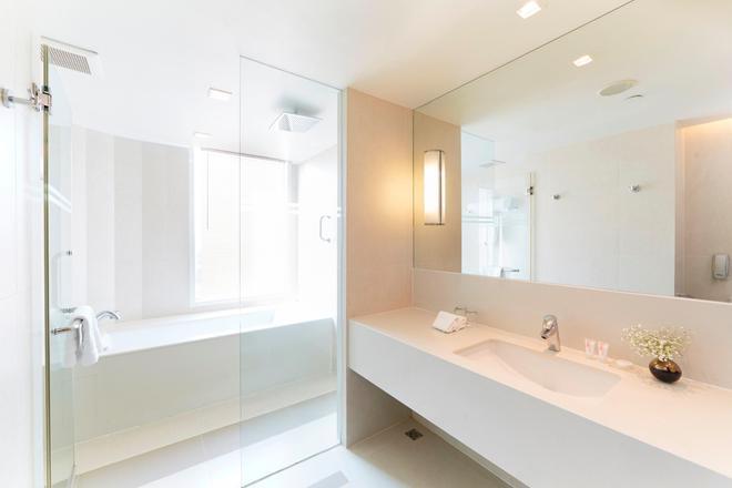 12th Avenue Hotel Bangkok - Bangkok - Bathroom